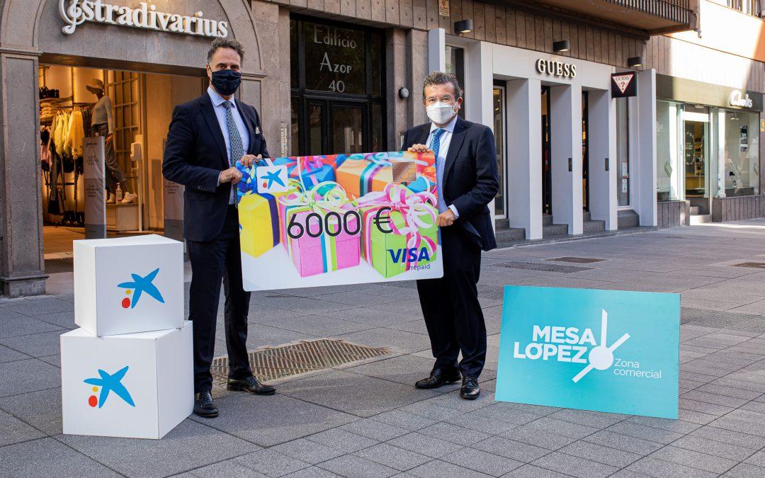 Zona Mesa y López presenta junto a CaixaBank la tarjeta regalo del sorteo de 6.000 euros a gastar en un día