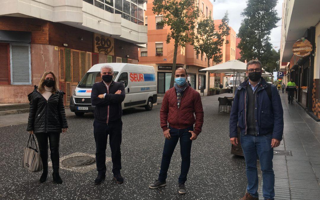 Zona Mesa y López demanda más cuidados en las zonas de terrazas de la Plaza de España y Ruiz de Alda