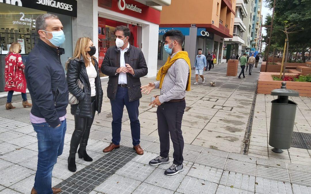 Reunión en Zona Mesa y López con CC-Unidos por Gran Canaria