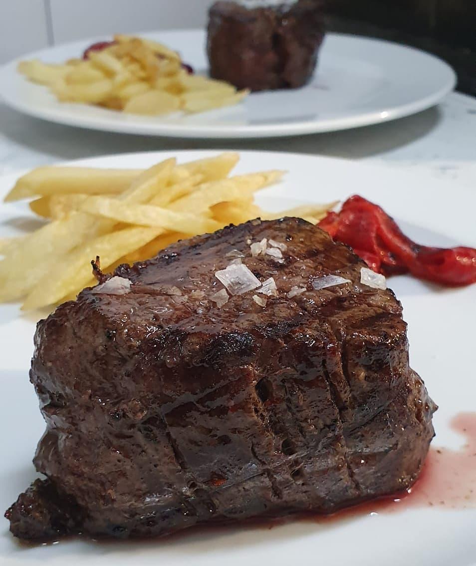 Carne argentina en el restaurante El Buho Tuerto