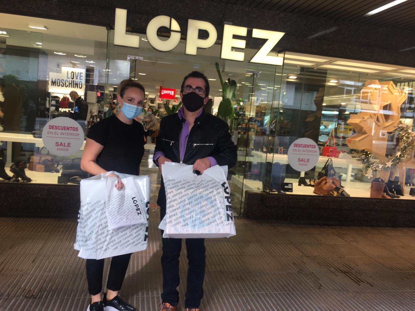 Calzados López - sorteo 6.000 € 2021 en Zona Mesa y López