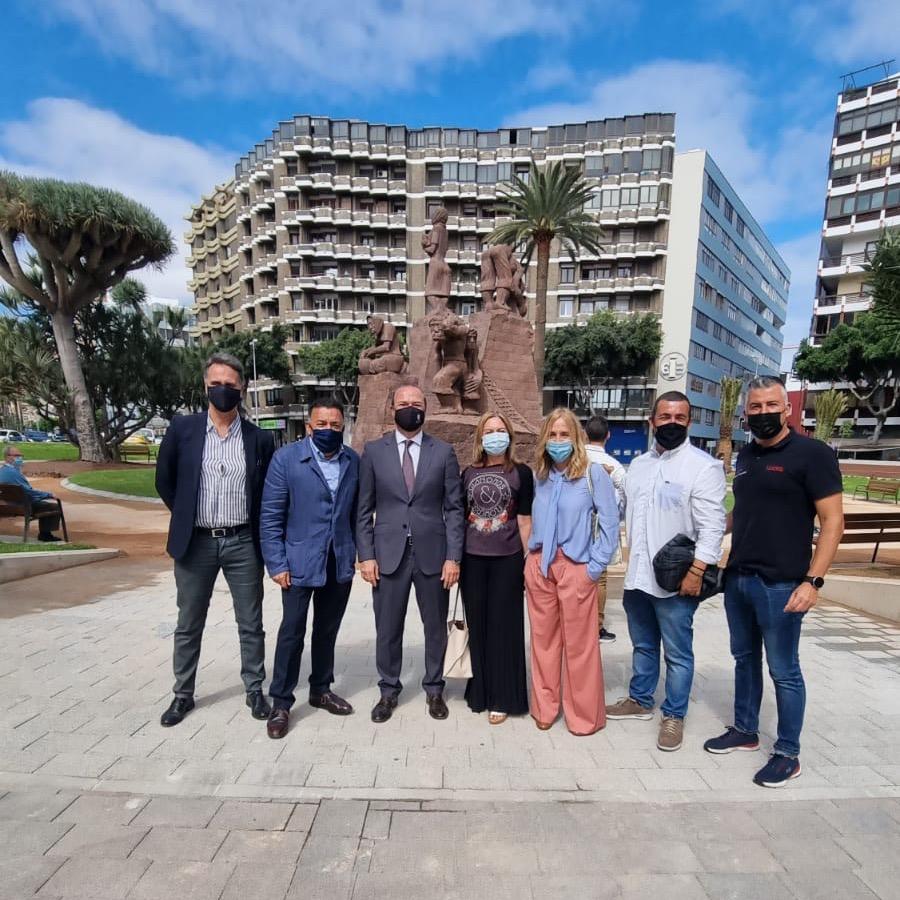 Inauguración Plaza de España en Zona Mesa y López