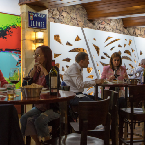 Barra de El Pote, toda una vida alegrando a los paladares en Las Palmas de GC en Zona Mesa y López