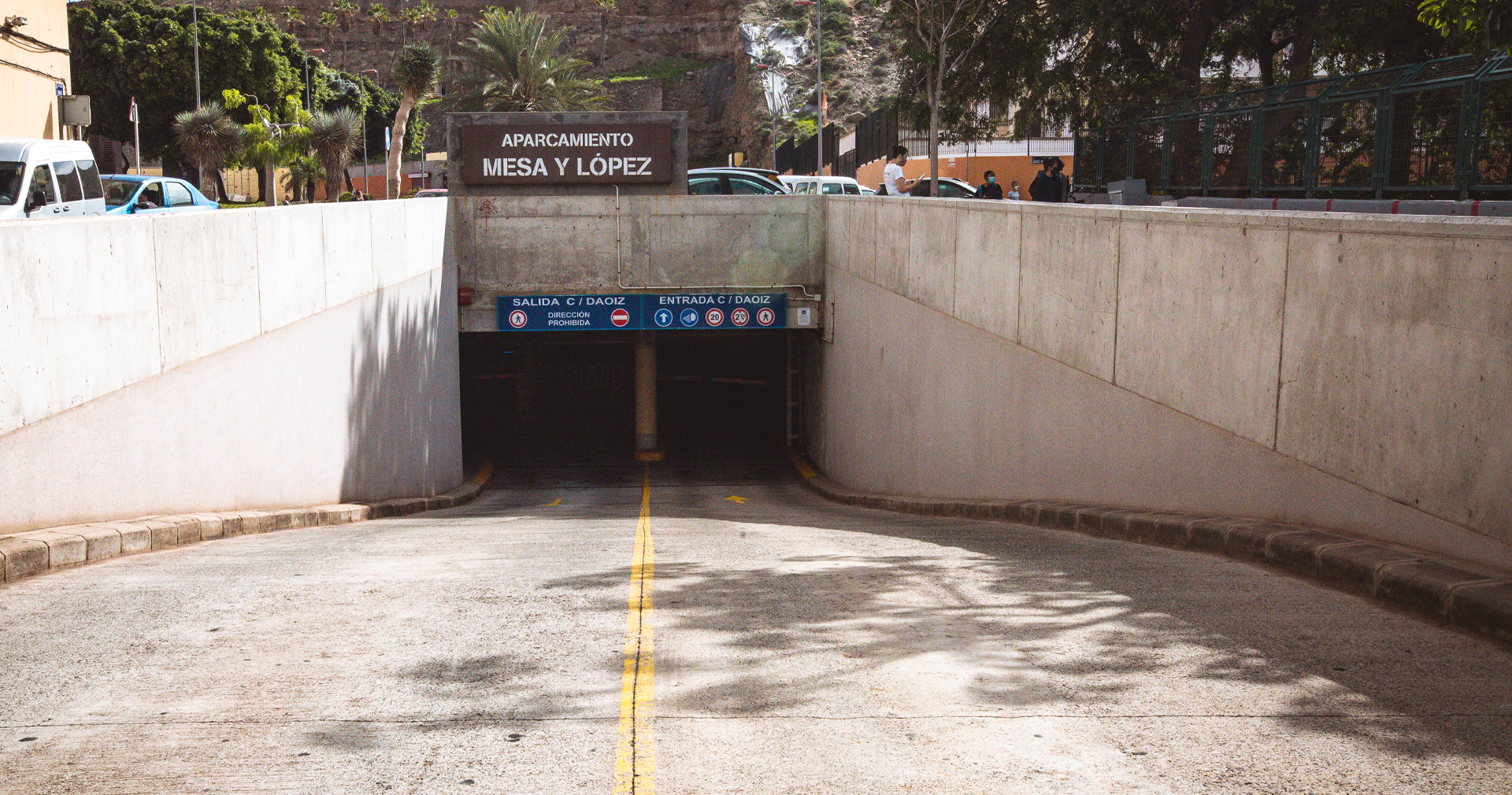 Parking Mesa y López